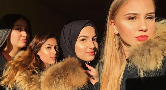 Nermin Abdullatif, Vanessa Redzep, Kabas Al-shimmari och Elisabeth Ericsson vill alla fyra kämpa för att det skall bli bättre för ungdomar i Angered. Därför är de nu kandidater i valet till Ungdomsfullmäktifge.