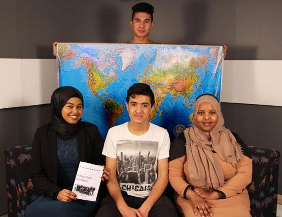 Några av eleverna som arbetat med projektet